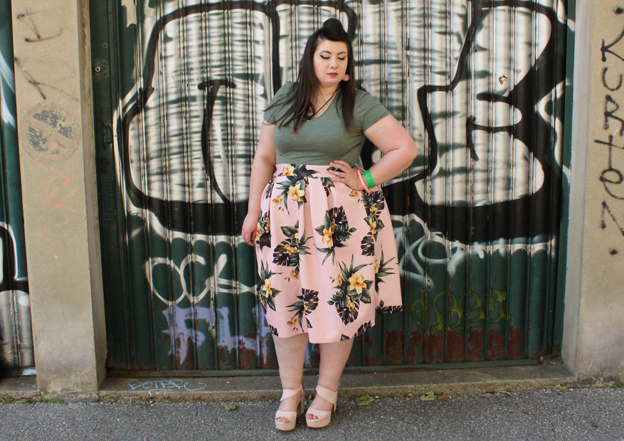 tropical skirt asos curves grande taille plus size