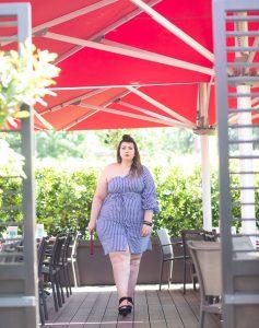 eloquii bodycon stripes asymetric dress plus size mode grande taille booty curvy girl bbw blogger