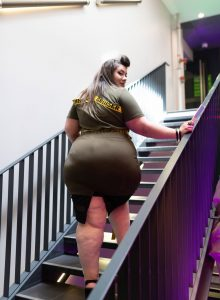 shein grande taille plus size off white curvy girl blog mode ronde big booty