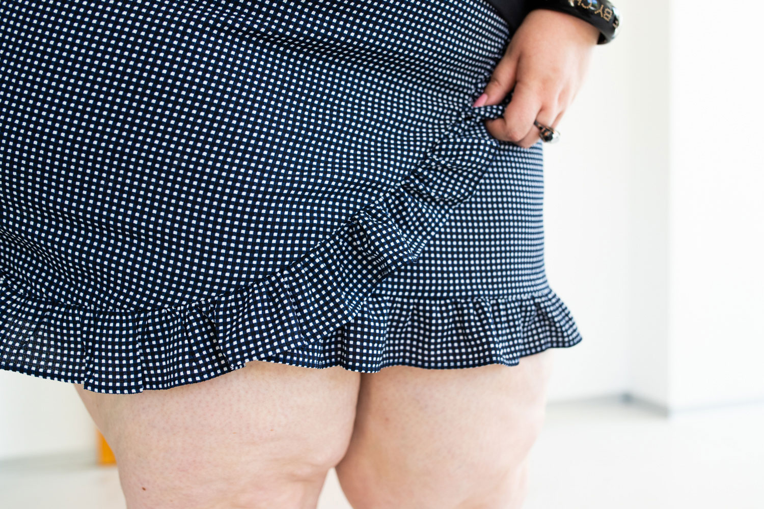 asos curve plus size grande taille mini skirt tiger bbw tights chubby curvy girl blogger