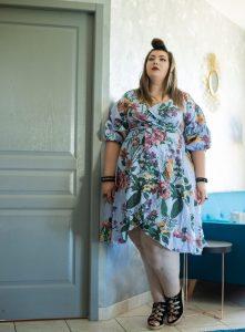 shein grande taille pas cher robe portefeuille plus size curvy girl blog ronde bbw deco