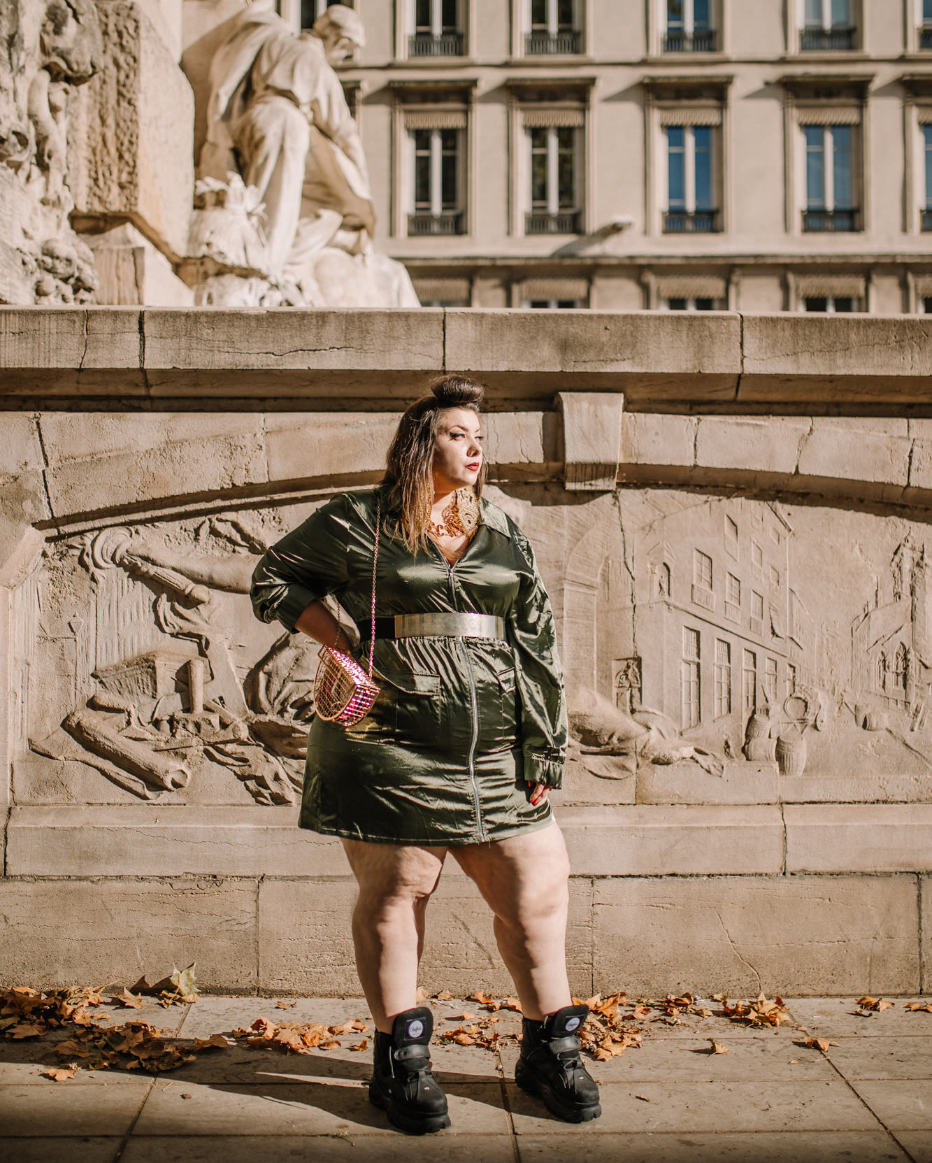 every body in plt ashley graham pretty little thing plus size grande taille curvy girl ronde grosse fat bodypositive