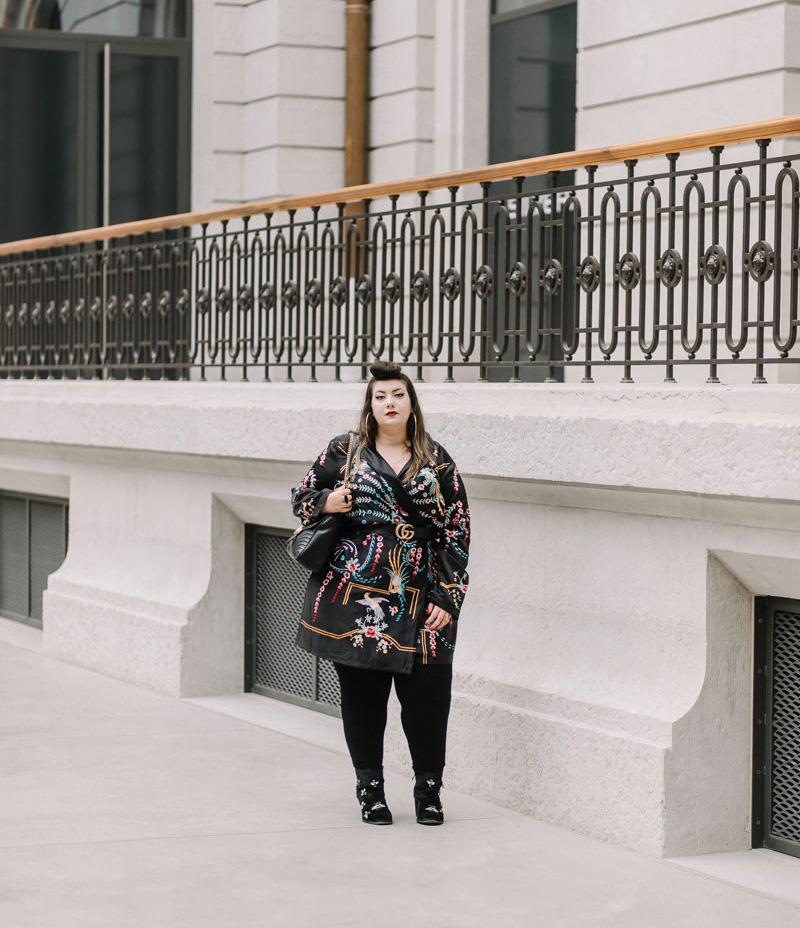 asos embroid plus size curvy girl blogger ronde grosse fat gucci belt bag