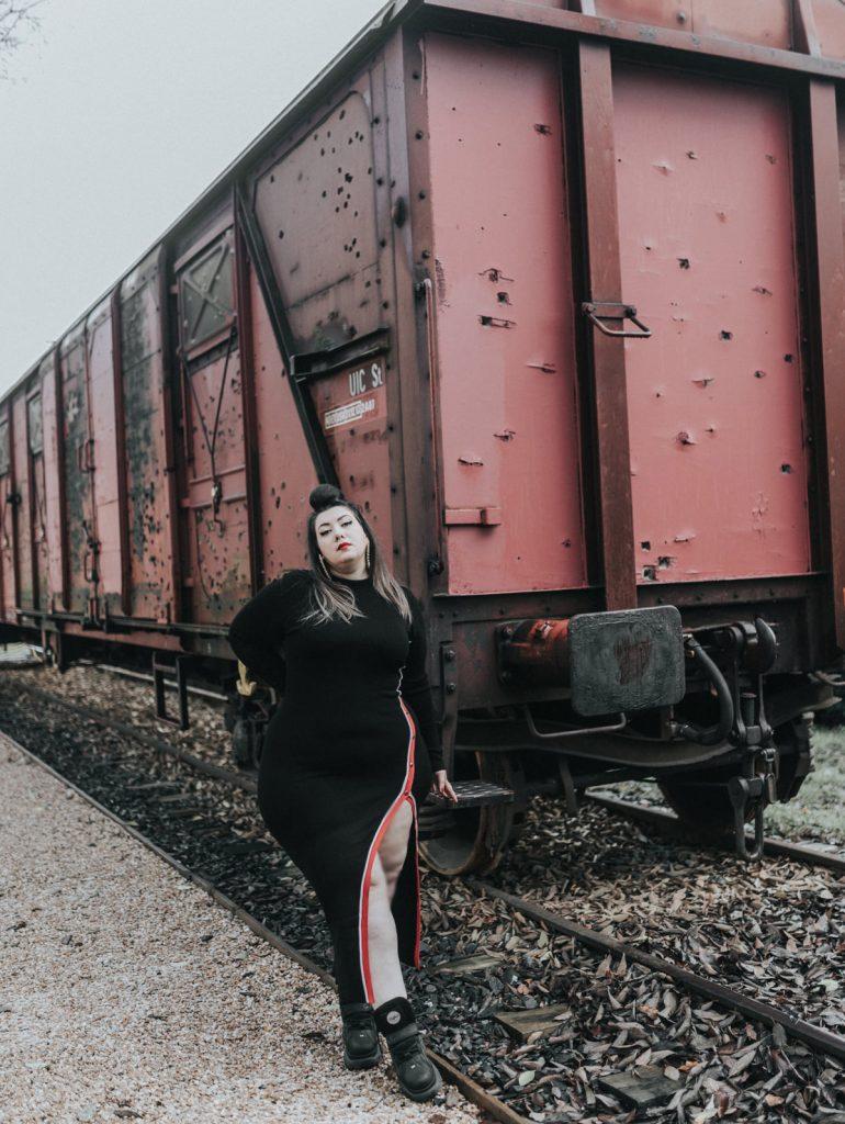 fashion nova curve plus size grande taille blog mode femme ronde grosse robe pressions