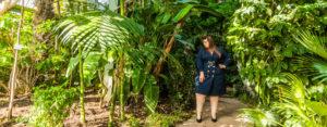 navabi trench dress navy jungle lyon plus size grande taille curvy girl blogger